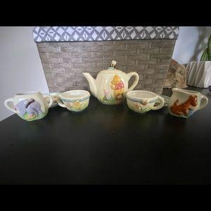Mini Winnie the Pooh tea set